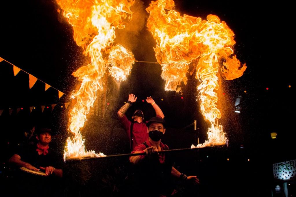 Flaming Amigos 2
